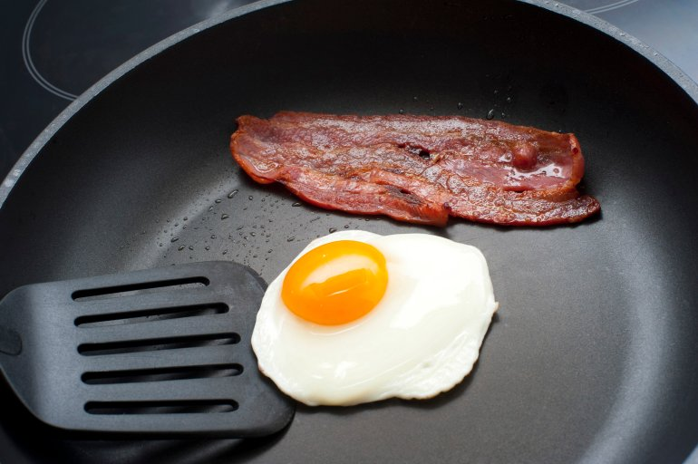 Fried Egg And Bacon Breakfast Free Stock Image