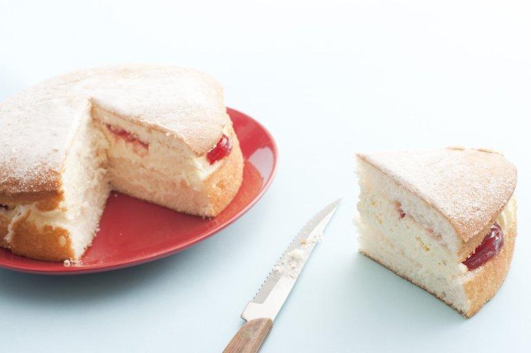Strawberry Jam Sponge Cake
