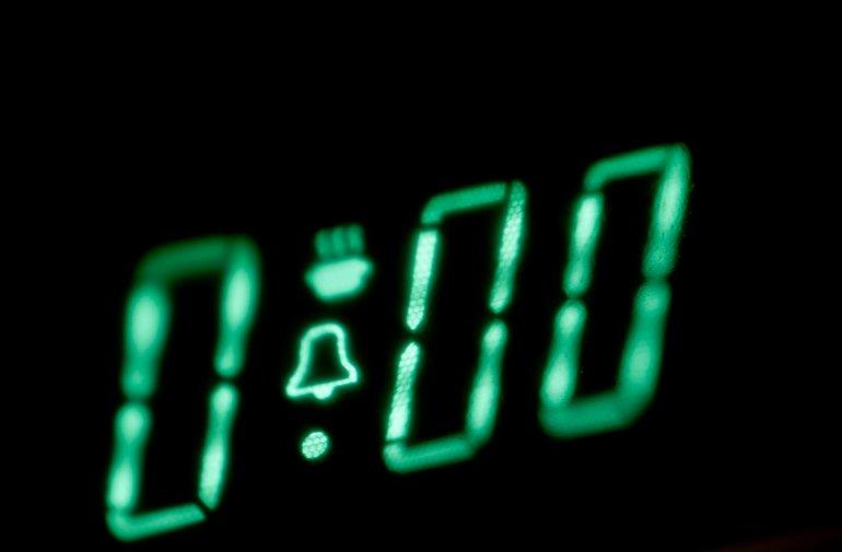 illuminated digital oven timer